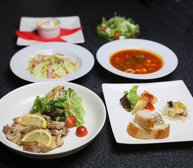 Dining urra (ダイニング うらら)